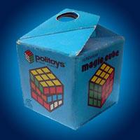 Коробка с кубиком Рубика